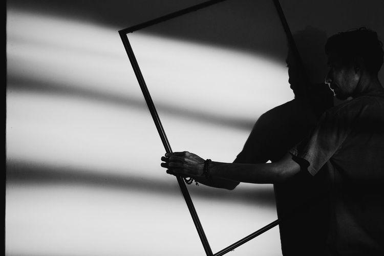 Framing Shadow Shadows & Lights Blackandwhite Black And White Close-up Focus On Shadow Long Shadow - Shadow