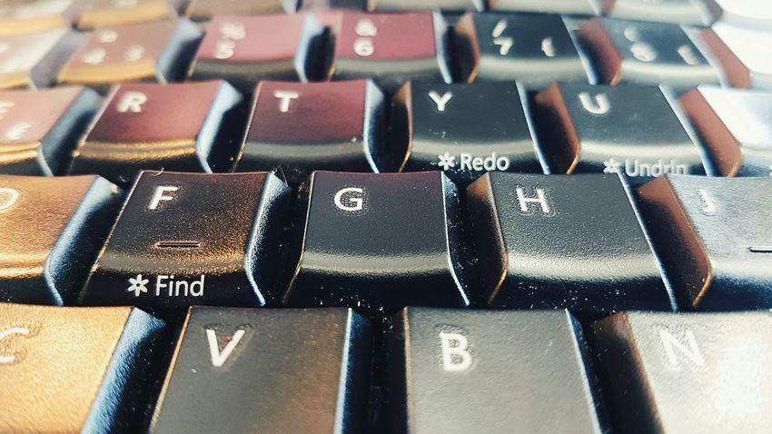 Find Redo Undo Keyboard Close-up Macro Photography Samsung Galaxy S7 Edge GalaxyS7Edge