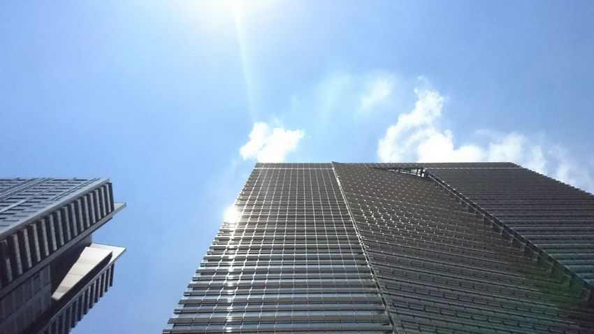 Very Hot Today Black Sky Building Sunny Day Mobilephotography Xperia X Tokyo Street Photography
