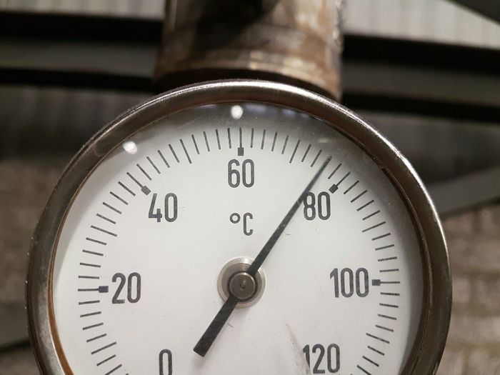 Temperature Thermometer Close-up Meter - Instrument Of Measurement Heat - Temperature Pressure Gauge Work Numbers No People PhonePhotography Indoors  Gauge Measurement Measuring Degrees Industrial Industry Factory