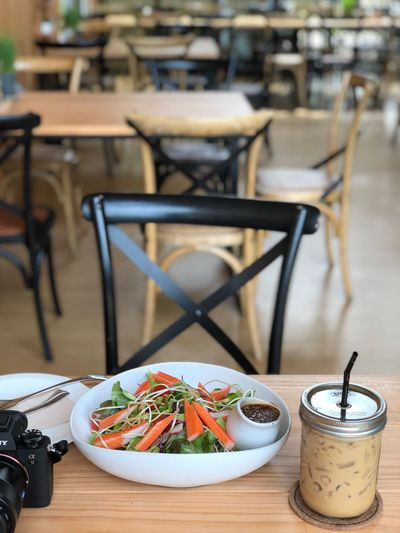 EyeEm Selects Table Chair Food And Drink Food Seat Restaurant Ready-to-eat Plate Business Indoors  Focus On Foreground Healthy Eating Drink Coffee Cup Serving Size