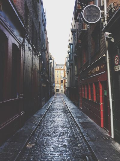 Built Structure Architecture Building Exterior The Way Forward City Outdoors Day No People Sky Cobblestone Cobblestone Streets Wet Cobblestones Dublin Dublin, Ireland
