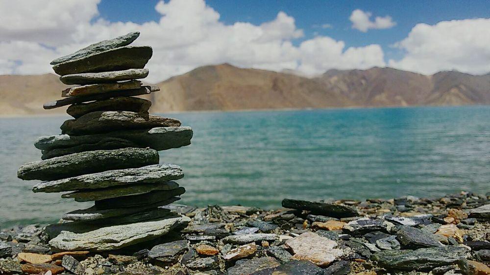 PhonePhotography Lakeside Lakeview Pile Of Stones Leh Ladakh.. Pangonglake Throwback Peace ✌ Serene Awsome Day ♥