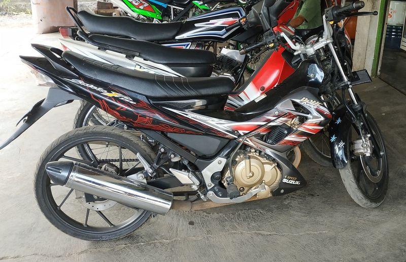 Fu150 Motorcycle Land Vehicle Parking