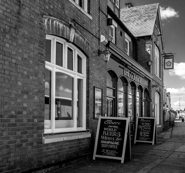 The County Tavern, Northampton Black And White Northampton Northampton Pubs Pubs
