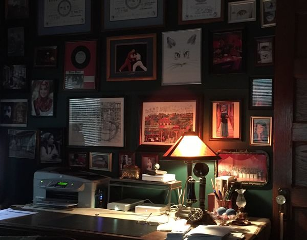 Home office. Home Interior Home Office! Check This Out Hanging Out Taking Photos Enjoying Life Details Of My Life March Showcase IPhoneography Taking Photos Check This Out Hello World Quaint