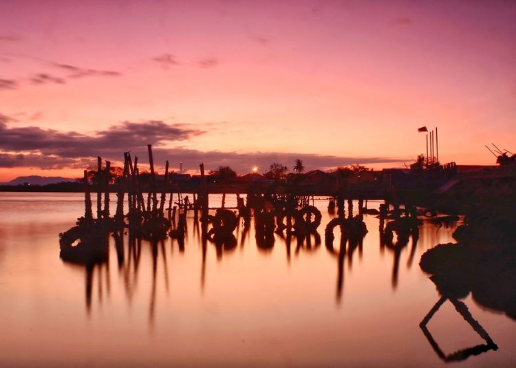 scenery reflection Landscape Photography Orange Color Yellow Aceh Cloud Cloud - Sky Water Sunset Sea Silhouette Nautical Vessel City Reflection Sky Shore Horizon Over Water Seascape Ocean Beach Tide Coast Wave Calm The Great Outdoors - 2019 EyeEm Awards The Photojournalist - 2019 EyeEm Awards The Creative - 2019 EyeEm Awards My Best Photo