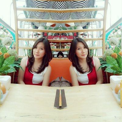 Mirror... Me Asian  Girl Hangout funtime narcism selfie selca like4like tags4like follow2follow intanesian instagood instadaily