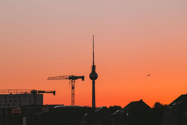 Nostalgia Berlin Berlincity Dusk Gradient Gradiented Sky Ig_berlin Ig_berlincity Silhouette Summer Summer Dreaming Sunset Throwback