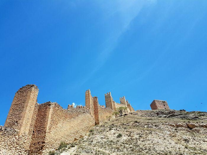 Sol en castillo Day Nature History No People Travel Destinations Architecture Beauty In Nature Built Structure Desert