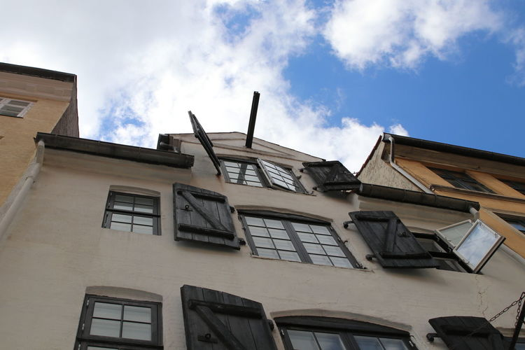 Architecture Beautiful Building Exterior Built Structure Charming City Classic Cloud - Sky Day EyeEm Gallery House Low Angle View No People Old Buildings Outdoors Repair Shutter Sky Sky And Clouds Stock Storage Turism Warehouse Window Windows