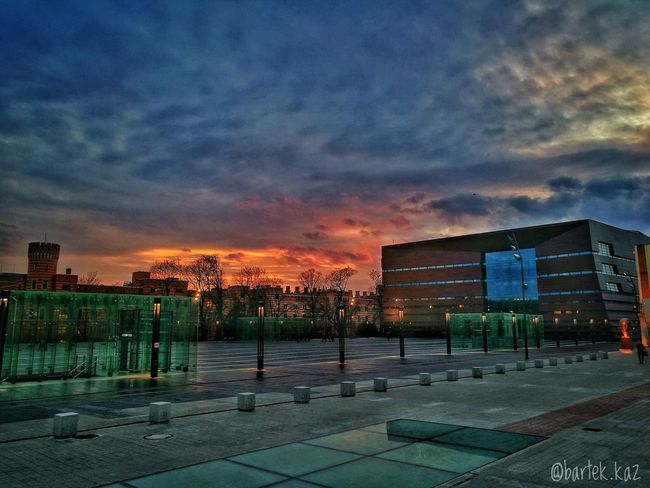 Sunset Cloud - Sky Architecture Night Urban Skyline City Wroclaw Igerswroclaw Kochamwroclaw Wroclovers Cityscape Vscogood