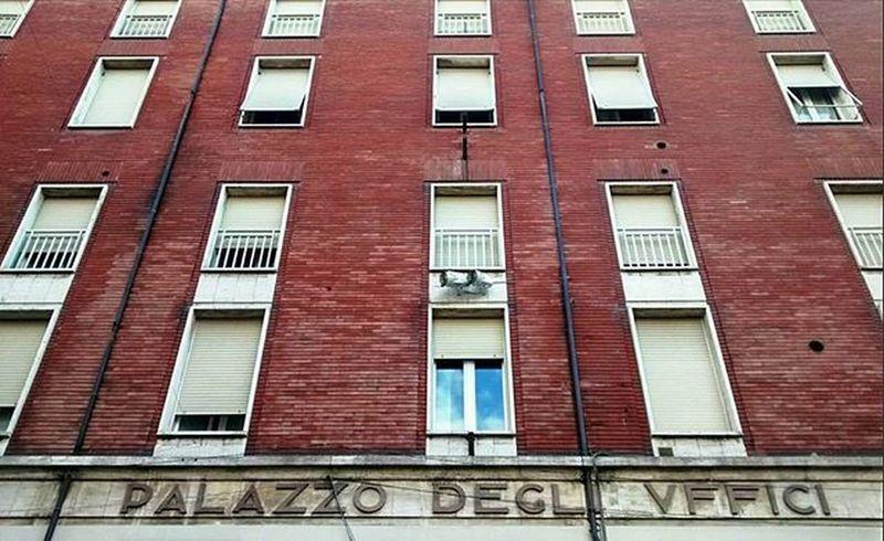 VFFICI Cesena Uffici Palazzo Razionalismo font sky through the window igdaily ig_cesena igerscesena ig_romagna igersromagna vivo_italia boiabello nofilter hellocesena