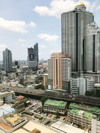 Bangkok View Metropolis Thailand Bangkok Silom Thailand Bangkok Thailand Bangkok Building Exterior Architecture Built Structure City Sky Building Tall - High Cloud - Sky Cityscape Office Building Exterior No People Tower Outdoors Modern EyeEmNewHere