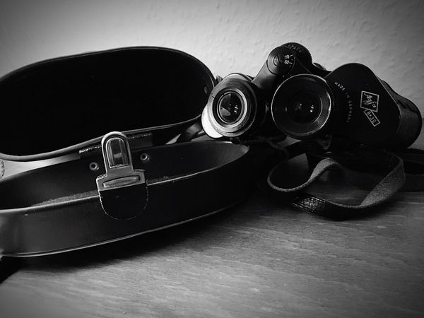 Camera - Photographic Equipment Close-up Indoors  No People Day EyeEmNewHere Oldschool Fernglas Field Glasses Lieblingsteil Lieblingsteil The Week On EyeEm Black And White Friday