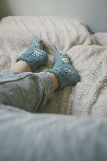 cute socks EyeEm Best Shots EyeEm Gallery Foot Winter Cat Close-up Cozy Legs Socks White Background Young Adult