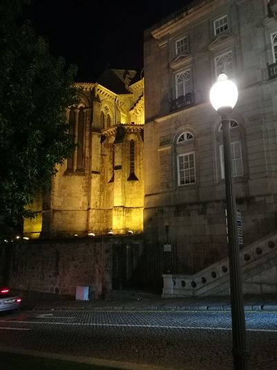 Junção Night Illuminated Street Light Building Exterior Architecture No People Outdoors Nightlife Porto Portugal 🇵🇹 Vacations Portugal Purist No Edit No Filter Travel Porto Architecture City Built Structure