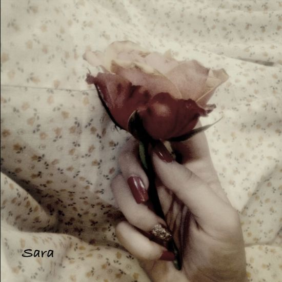 Women vanish their wounds,زن ها زخم هایشان را لاک میزنند? That's Me Iphongraphy Love My Nails :*  Today's Hot Look