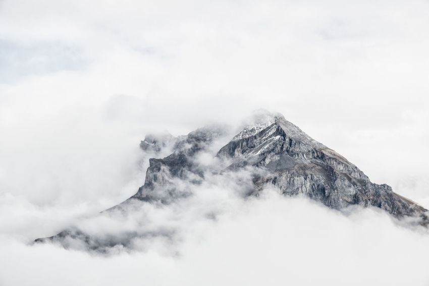 Alpen Alpine Alpine Hiking Alps Alps Switzerland Beauty In Nature Clouds Day Fog Hiking Mood Mountain Nature Nature Photography No People Outdoor Outdoor Photography Outdoors Scenics Switzerland Switzerland Alps Tranquility Uri