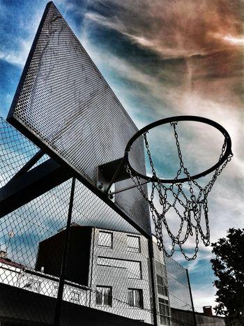 Sky Sport Day Outdoors Cloud - Sky Basketball Hoop No People Close-up Perspective EyeEm Selects EyeEmNewHere Neon Life Urbangathering Vscocam Artistic VSCO Globe Urbanlifestyle Modern City Urban Streetphotography Art basket The Week On EyeEm