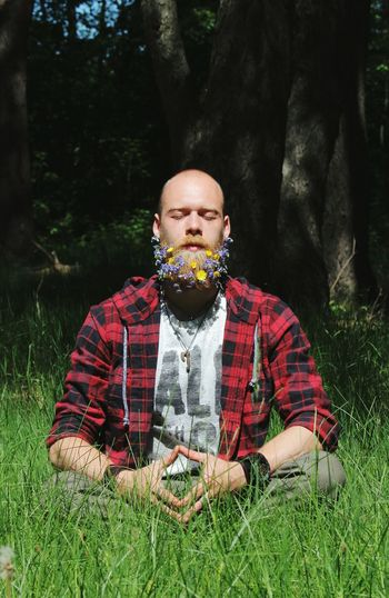 Yellow And Violet Violet Flowers Yellow Flower Woodcutter Forester Zen Meditation Harmony Light And Shadow Spring Spring Flowers Bouquet Beard Bouquet Out_ice Boroda Production Flowers Beard Bearded Beard Flower Flowers In Beard Tree Men Portrait Forest Red Front View Rural Scene Summer Grass Mustache The Creative - 2018 EyeEm Awards The Street Photographer - 2018 EyeEm Awards The Fashion Photographer - 2018 EyeEm Awards The Portraitist - 2018 EyeEm Awards The Traveler - 2018 EyeEm Awards The Photojournalist - 2018 EyeEm Awards The Still Life Photographer - 2018 EyeEm Awards The Great Outdoors - 2018 EyeEm Awards Be Brave A New Beginning