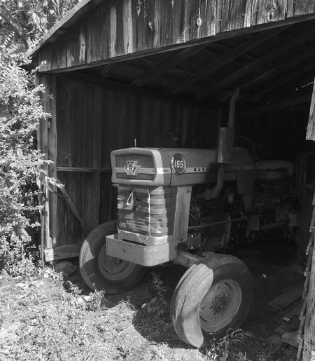 Obsolete Tractor Tractors Oldtractor Barn Oldbarn Land Landscape Farm Farmland Taylorssouthcarolina Greatergreenvillesc Mode Of Transport Fading Away Blackandwhite Blackandwhite Photography Blackandwhitephotography Black & White Yeahthatgreenville Southcarolinapictures Southcarolina Mypointofview EyeEm Gallery EyeEm Best Shots Photowalk
