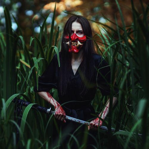 Hania mask blood katana