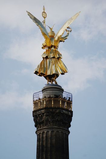 Low angle view of berlin victory column