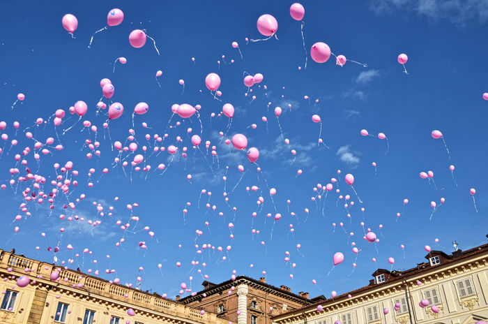 Balloon Balloons🎈 Celebration Cloud - Sky Day Flying Happiness Just The Woman I Am Low Angle View Multi Colored No People Outdoors Piazza San Carlo Pink Sky Torino Wemen