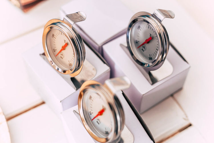 Time Clock Alarm Clock Indoors  No People Close-up Number Timer High Angle View Accuracy Speed Gauge Machinery Clock Face Instrument Of Measurement Stopwatch Minute Hand Chrome Nice Design Cooking Recipe Instrument Of Time