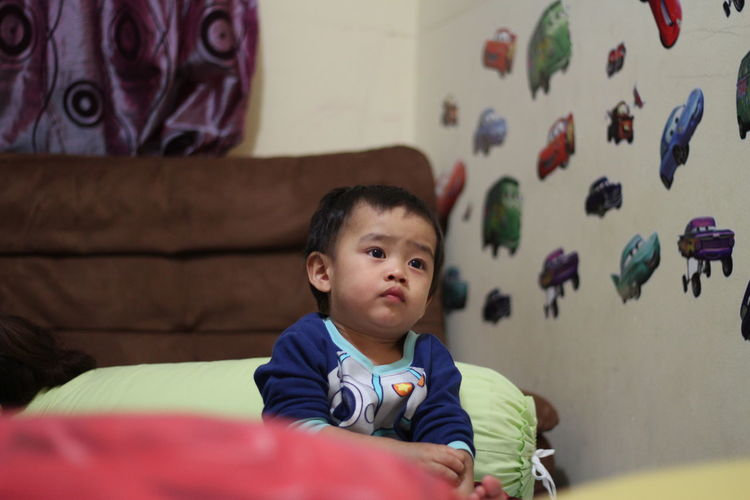Boys Childhood Close-up Cute Day Ezzra Home Interior Indoors  Innocence Leisure Activity Lifestyles Looking At Camera MySON♥ One Person People Portrait Real People Sitting