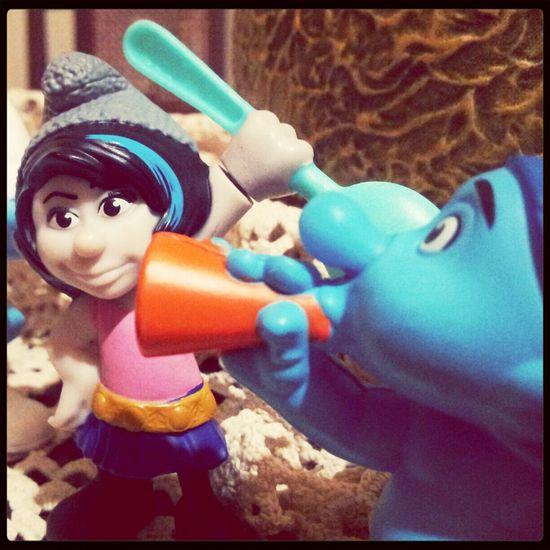 Taking Photos Smurf Smurfette  I Smurf You  ♥