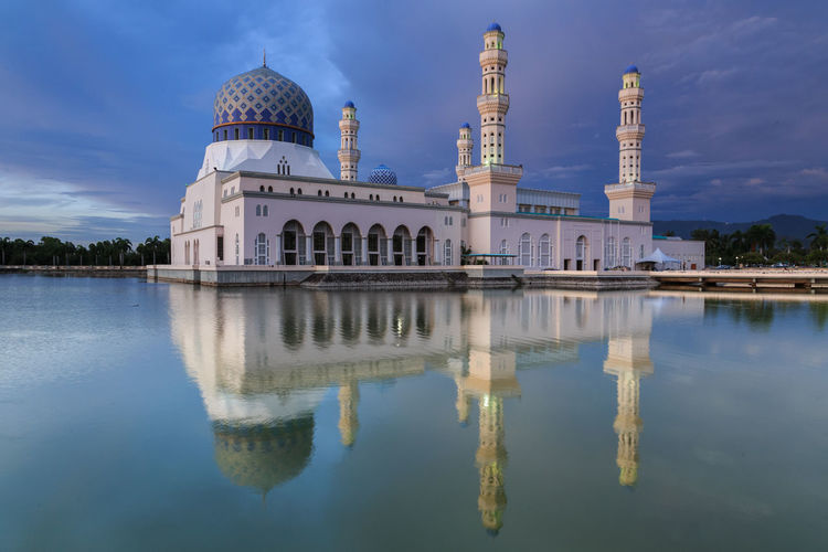 Majestic Beautiful reflection of Floating Mosque during sunset at Kota Kinabalu, Sabah, Malaysia A mosque is a place of worship for followers of Islam. Architecture Building Exterior Built Structure Day Dome History No People Outdoors Place Of Worship Reflection Religion Sky Spirituality Travel Destinations Water Waterfront