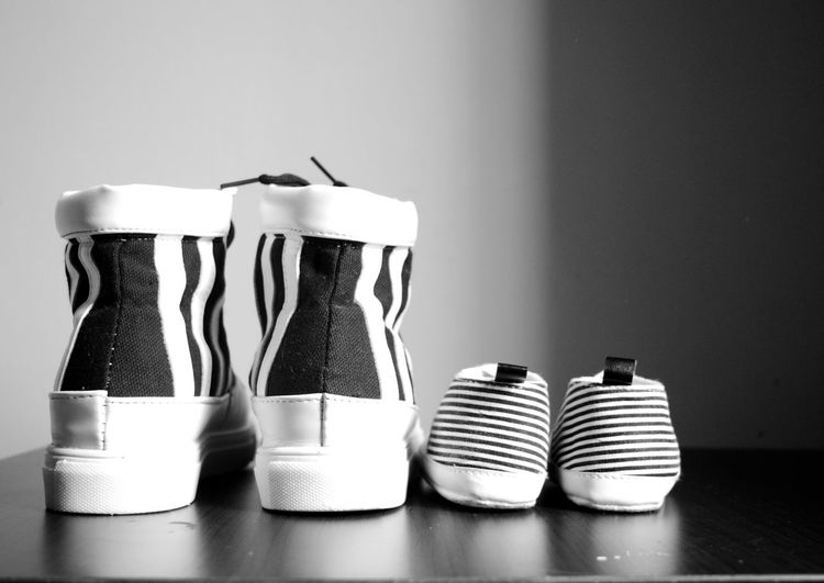 Mother n her baby shoes.. Shoes Shoes Of The Day Blackandwhite No People Babyshoes  Couple_shoes EyeEm Best Shots Bwstripes Monochrome _ Collection