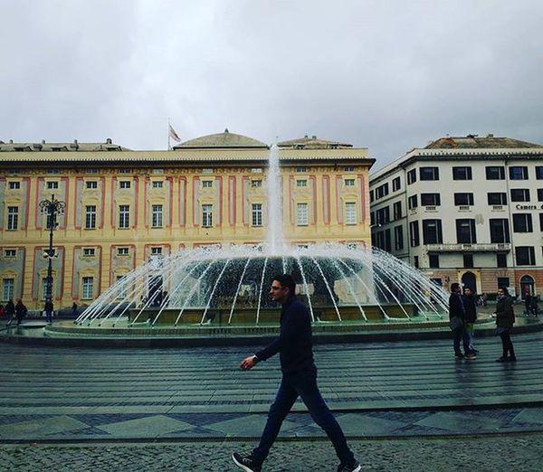Back Home! Lifeinshots Genova Genovatales Piazzadiferrari Piazzadiferrarigenova NewPhone Motog3 Likeforlike Like4like Follow Followme Followforfollow Followback