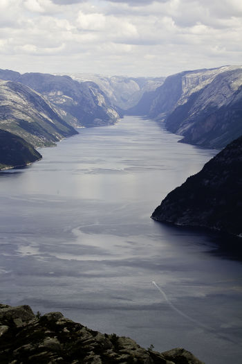 Fjordland Norway Fjordsofnorway Nordic Countries Noruega Norway Beauty In Nature Fjord Fjordland Fjordnorway Fjords Fjørd Mountain Mountain Range Nature Nordic Outdoors Scenics - Nature Tranquil Scene Water