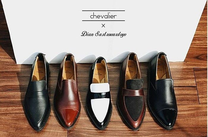 Chevalier & Dian Sastrowardoyo. Fashion & Style By ITag Shoes By ITag
