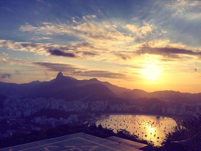 Morro da Urca, Rio de Janeiro. Pão De Açucar Riodejaneiro RJ Rio De Janeiro 021 Sunset Mountain Sun Beauty In Nature Nature Sugarloaf