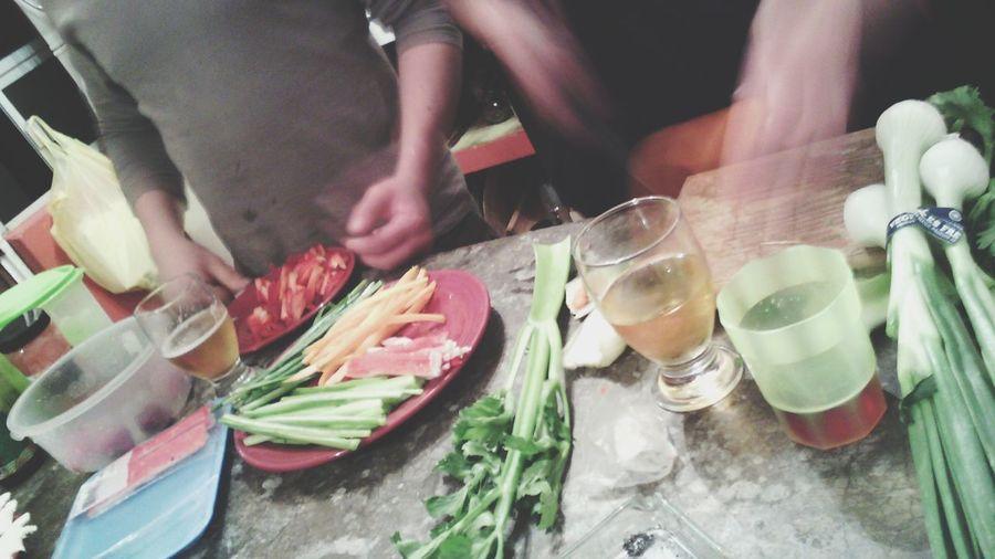 Haciendo sushi...