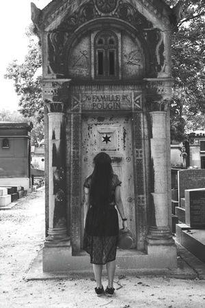 At Montparnasse Cemetery My Unique Style Blackandwhite Photography Paris, France  Cemetery Photography Longhairdontcare Noir Noirlovers Lace Dress Cimetière Du Montparnasse Black And White