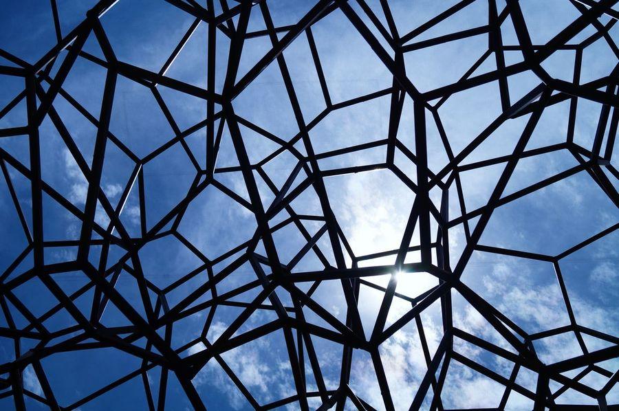 Blue Built Structure Cielo Cielo Y Nubes  Cloud Cloud - Sky Day Design Directly Below Diseño Estructuras Geometric Shape Metal Pattern Sky Fresh On Eyeem  The Architect - 2016 EyeEm Awards