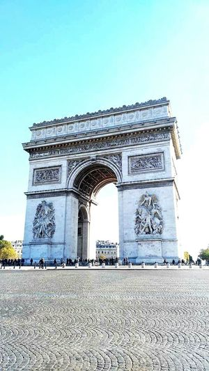 Arcdetriomphe Arcdetriomf ArcDeTriumphal ArcoDelTriunfo ArchofTriumph Paris Paris, France  Triumphal Arch History Arch Outdoors Travel Destinations Monument Architecture City Day Cultures War No People Sky