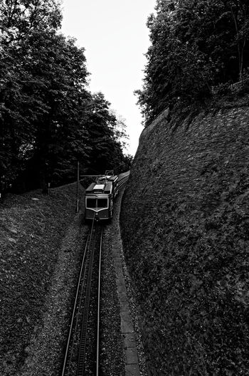 Bahn Cable Car Bergbahn Day Nature No People Outdoors Rail Transportation Railroad Track Train