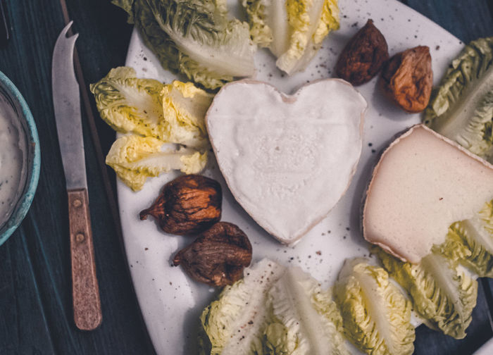 Christmas Eve Christmas Dinner Dinner Healthy Meal Heart Shaped Food Meal New Year's Eve Romantic Salad Cheese Cheese Plate Close-up Day Dinner At Home Food Food And Drink Freshness Fromage Heart Shaped  Indoors  Lettuce No People Ready-to-eat Romantic Dinner Salmon