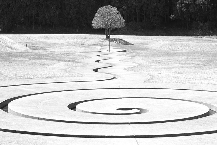 Dani Karavan 室生山上公園芸術の森 奈良 Japan Nara Monochrome Art And Nature Art Day Geometric Shape Leisure Activity Nature Circle