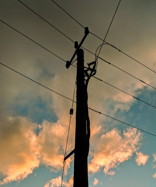 EyeEm Selects Cable Fuel And Power Generation Power Line  Electricity  Sunset Power Supply Connection Electricity Pylon Silhouette Technology Sky Telephone Line Business Finance And Industry No People Cloud - Sky Google Pixel XL Blue Outdoors Rural Scene Bird Nature Day