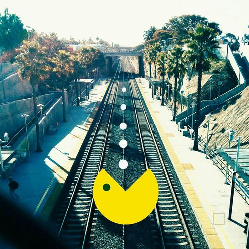 Pac Man sightings are beginning to pop up around the country. First in New York and now in San Diego. Keep an eye out in your city! Original idea by @likethetea Pacman DroidEdit Designattack Decosketch