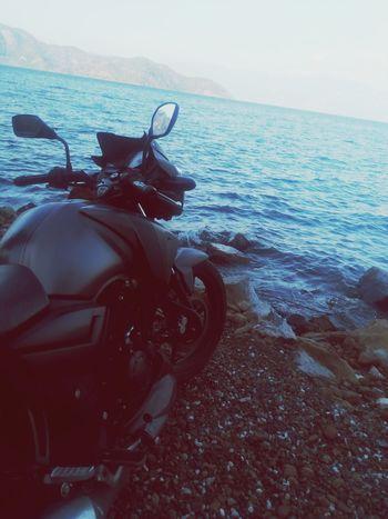 First Eyeem Photo Sea Sea View Motorcycle Moto Motorbike TVs Apache Apache Trail ApacheRTR180 Apache RTR