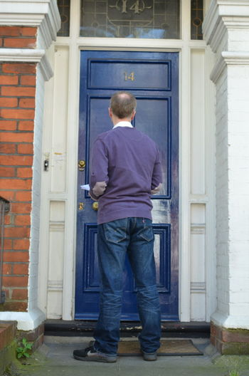 Male canvasser