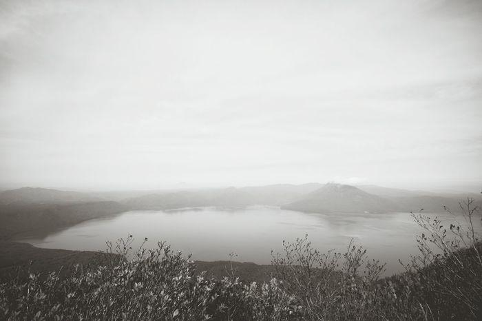 風不死岳からの支笏湖!Travel Mountain Nature Sky Fog Beauty In Nature Outdoors Nikon5300 Japan Nikon No People Nature Mountains And Sky Mountain Range Natural Beauty Naturelovers Mountain Peak Beauty In Nature Cloud - Sky Moutain Water